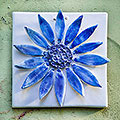 White flower tile with blue petals